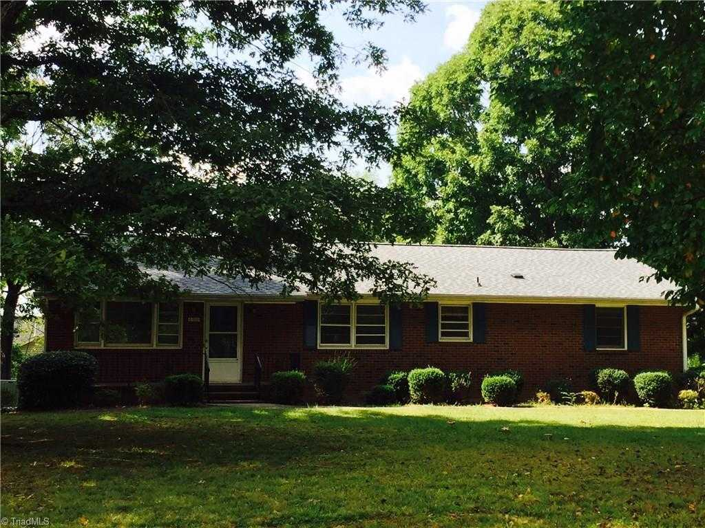 $134,900 - 2Br/2Ba -  for Sale in None, Clemmons