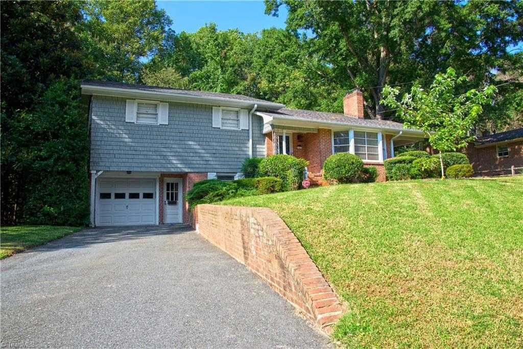 $200,000 - 3Br/2Ba -  for Sale in Country Club, Winston Salem