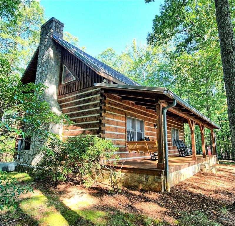 Arbor Acres Winston Salem Nc: 800 Lump Road, Purlear, NC 28665