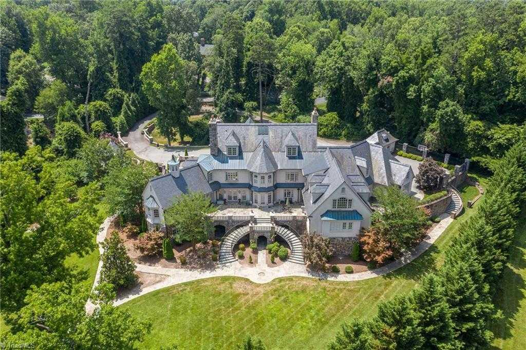 $2,950,000 - 6Br/14Ba -  for Sale in None, Burlington