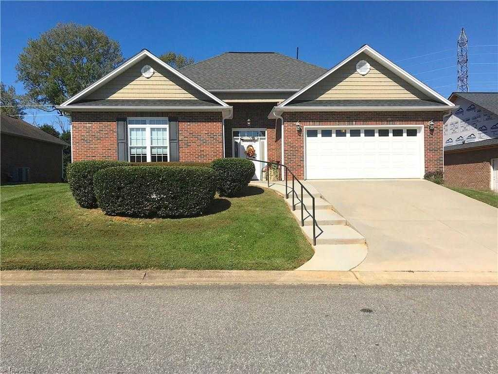 $205,000 - 3Br/2Ba -  for Sale in New Hampshire, Mocksville
