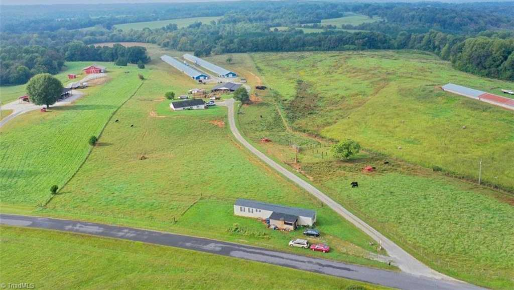 $1,500,000 - Br/Ba -  for Sale in Statesville