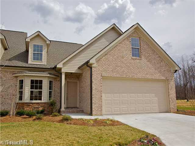 $229,000 - 3Br/2Ba -  for Sale in Jordan Creek, Jamestown