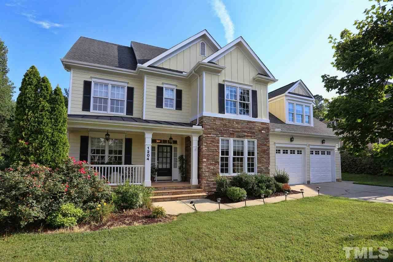 $589,500 - 4Br/4Ba -  for Sale in Highcroft, Cary