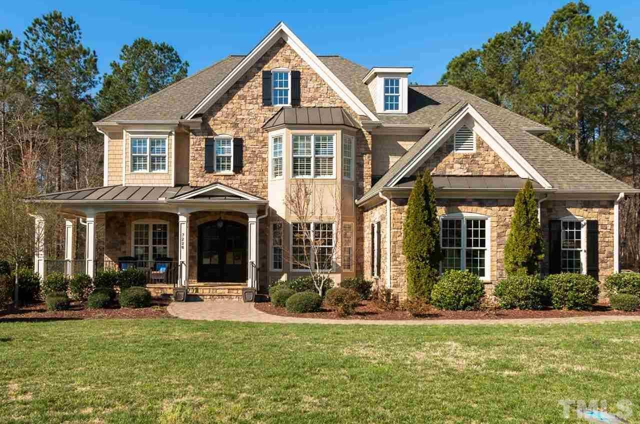 $949,000 - 5Br/5Ba -  for Sale in Copperleaf, Cary