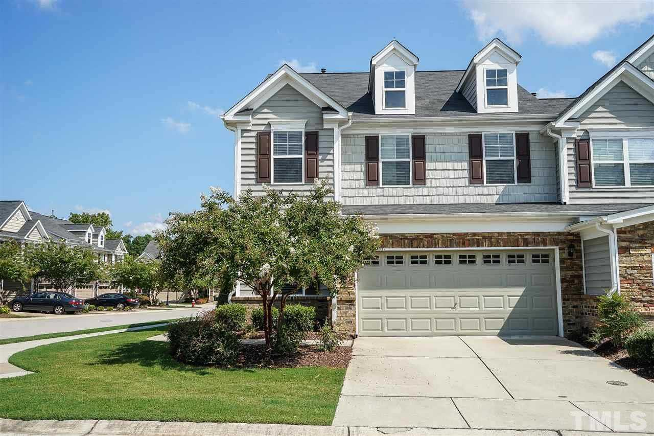 $289,900 - 3Br/3Ba -  for Sale in Olde Carpenter, Cary