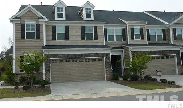 $299,000 - 3Br/3Ba -  for Sale in Olde Carpenter, Cary