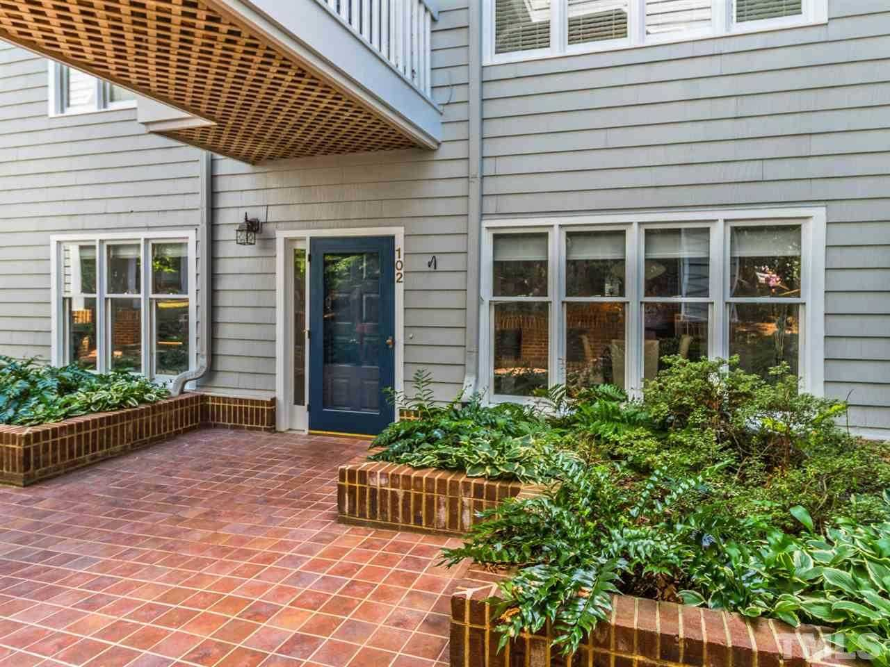 $389,900 - 2Br/2Ba -  for Sale in Bishops Park, Raleigh