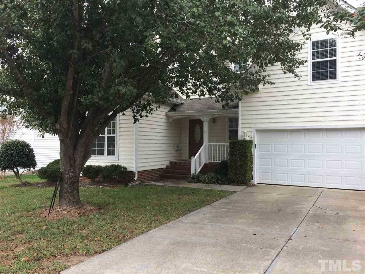 $424,000 - 4Br/3Ba -  for Sale in Providence Commons, Cary
