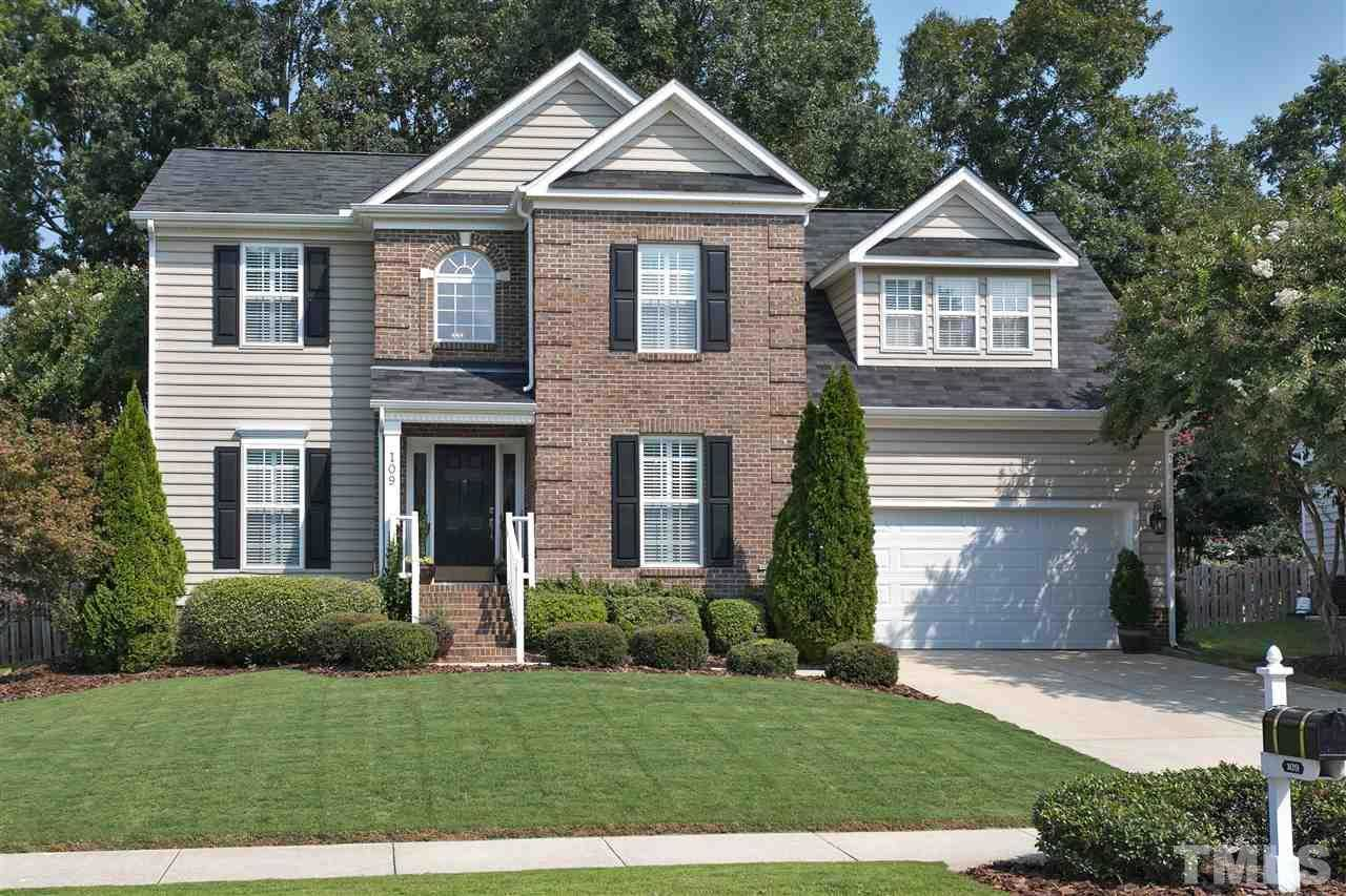 $409,500 - 3Br/3Ba -  for Sale in Providence Commons, Cary