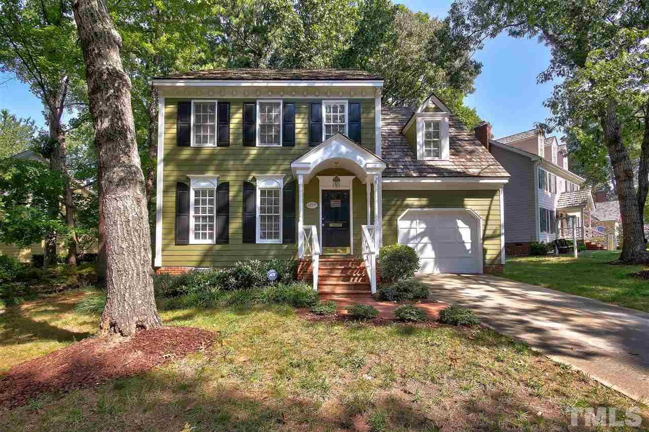 $365,000 - 3Br/3Ba -  for Sale in Stonehenge, Raleigh