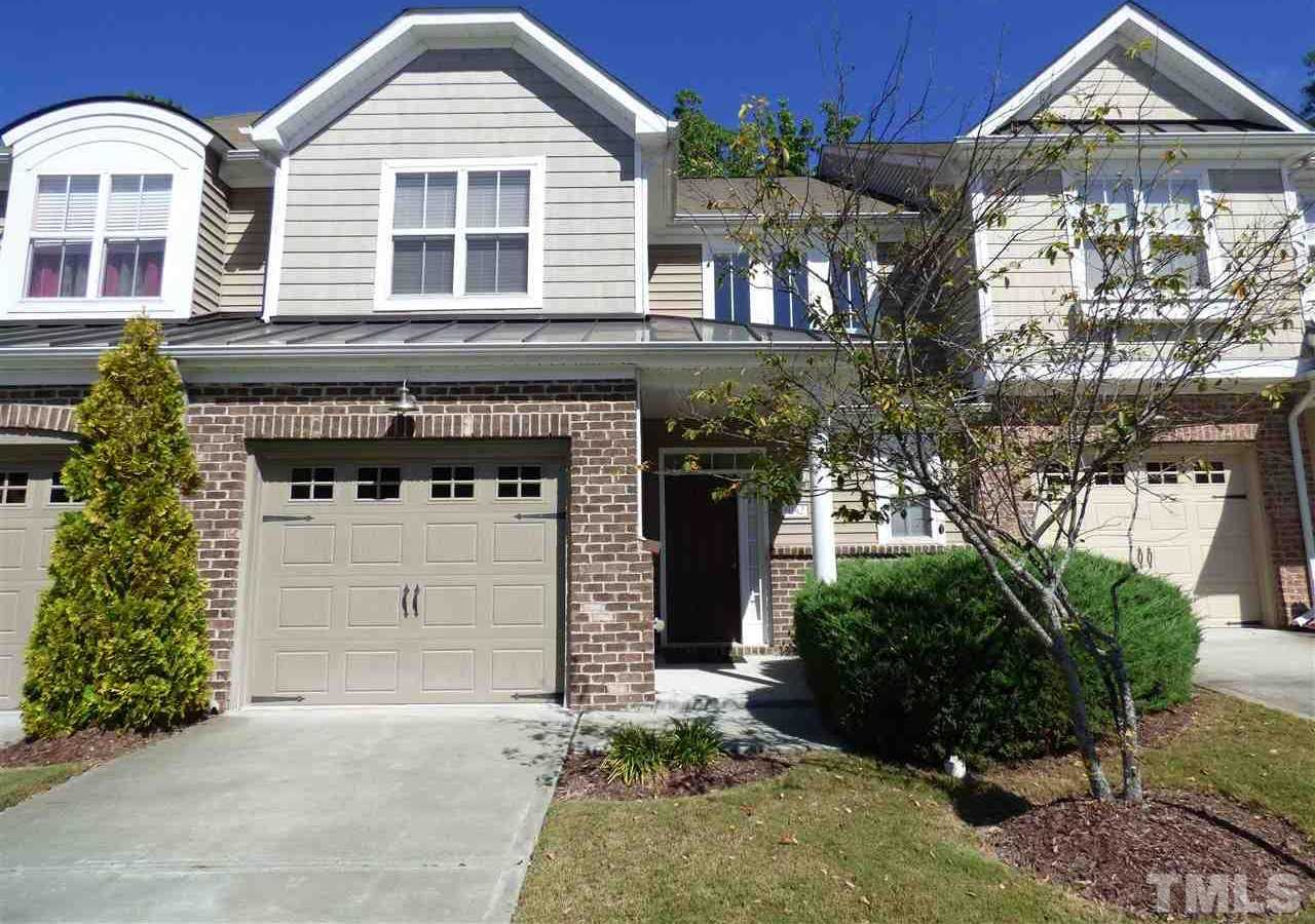 $330,000 - 3Br/3Ba -  for Sale in Westover Park, Cary