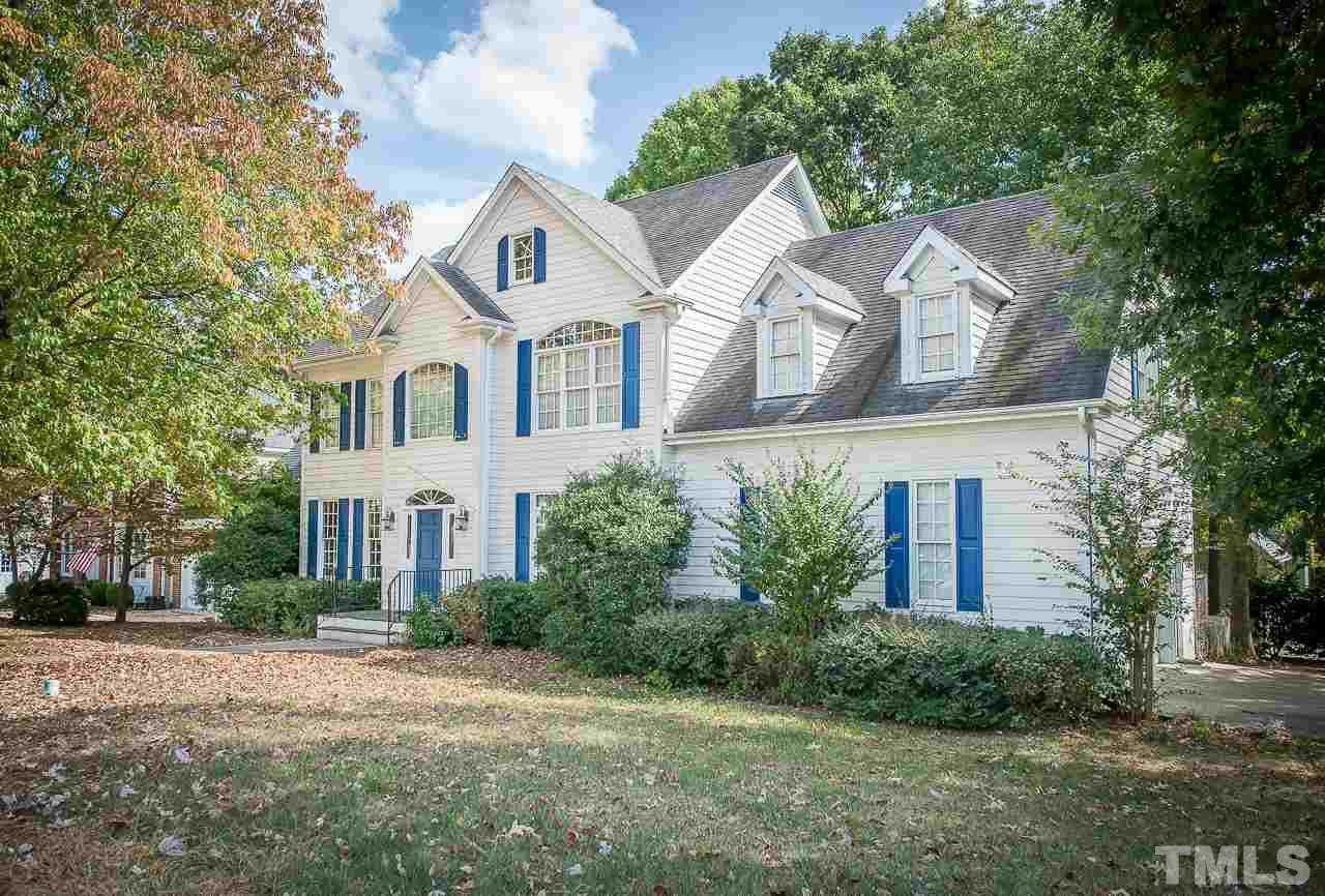 $380,000 - 4Br/3Ba -  for Sale in Weatherstone, Cary