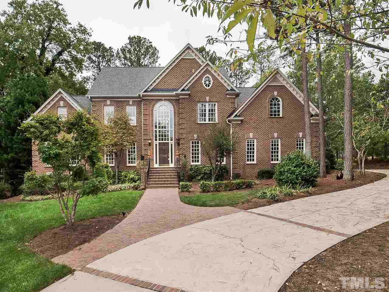 $999,999 - 4Br/5Ba -  for Sale in Preston, Cary