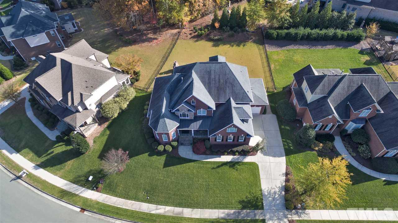 $822,500 - 4Br/5Ba -  for Sale in Bella Casa, Apex
