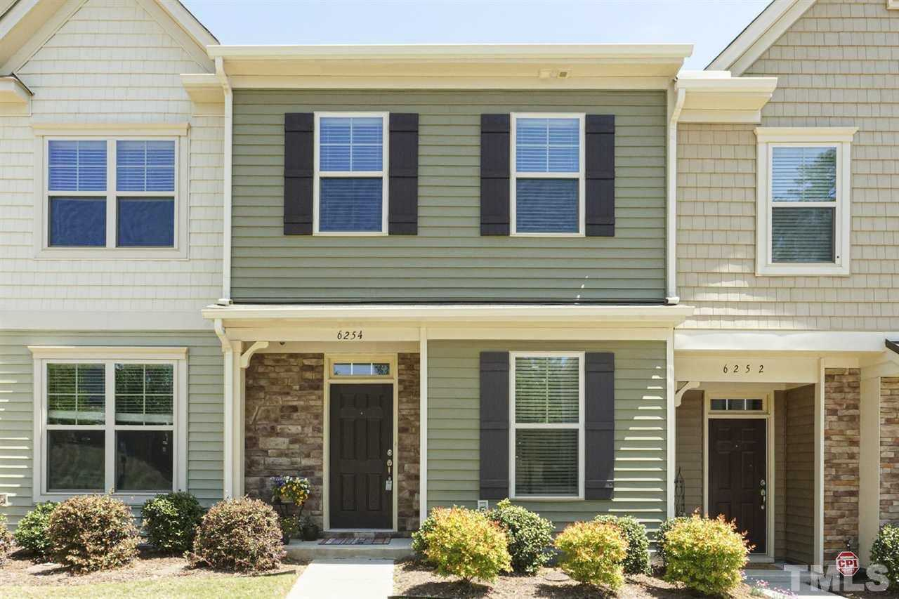 $273,000 - 2Br/3Ba -  for Sale in Lynnwood Bluff, Raleigh