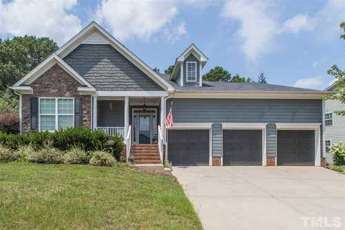 $500,000 - 3Br/2Ba -  for Sale in West Lake, Apex