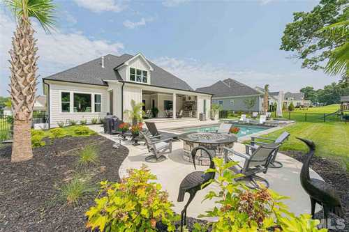 $845,000 - 4Br/5Ba -  for Sale in Riverwood, Clayton