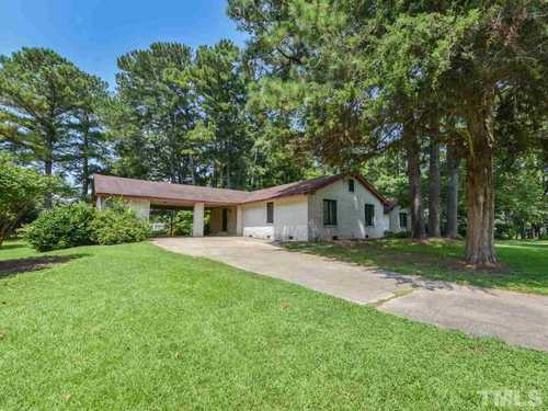 $349,900 - 3Br/3Ba -  for Sale in Not In A Subdivision, Zebulon