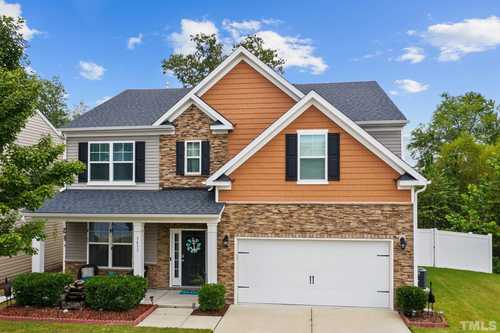 $385,000 - 3Br/3Ba -  for Sale in Massey Preserve, Raleigh