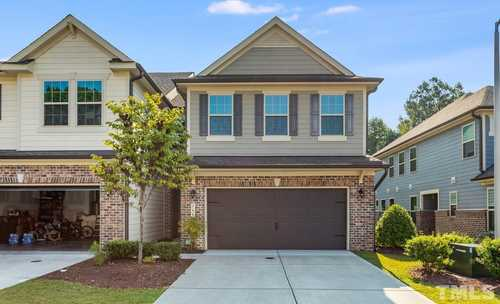 $450,000 - 3Br/3Ba -  for Sale in Green Hope Crossing, Cary