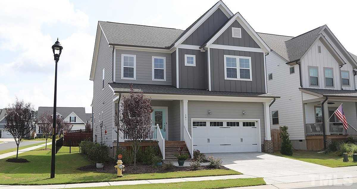 $449,000 - 3Br/3Ba -  for Sale in Wendell Falls, Wendell