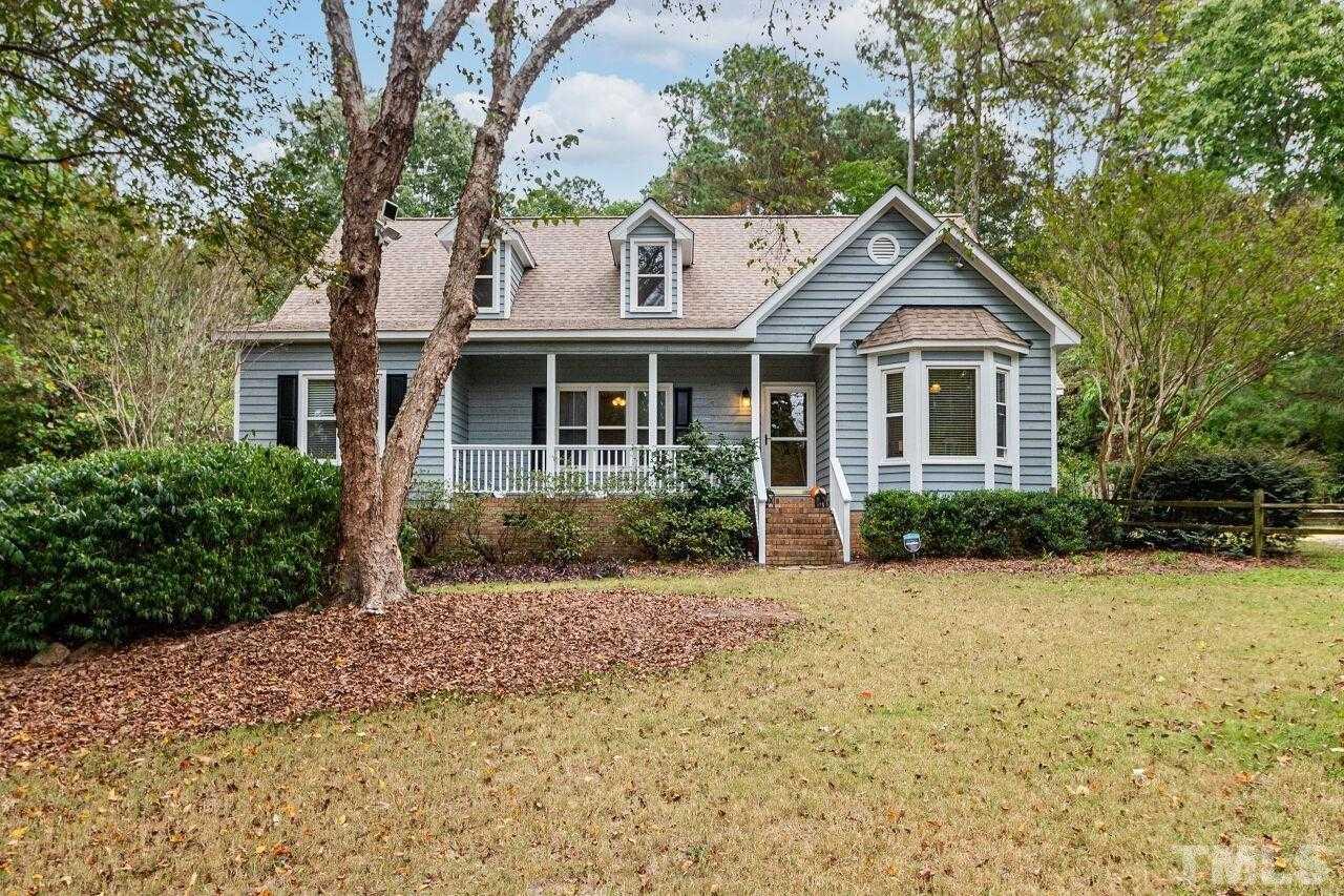 $347,000 - 3Br/3Ba -  for Sale in South Hill, Garner