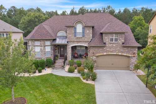 $799,900 - 4Br/4Ba -  for Sale in Bishops Gate, Cary