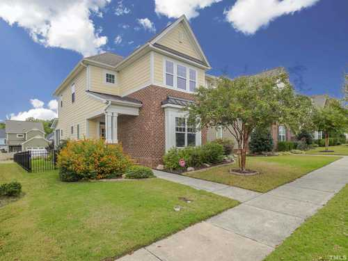$449,900 - 4Br/4Ba -  for Sale in Traditions, Wake Forest