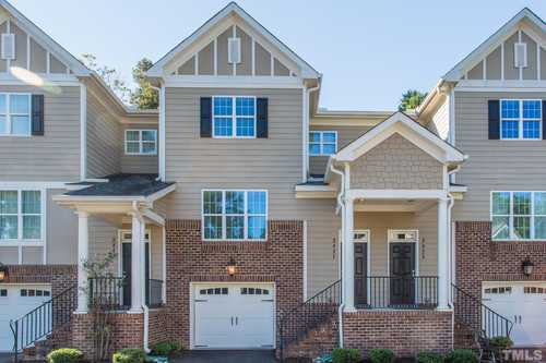 $484,900 - 2Br/3Ba -  for Sale in Wade Avenue Townhomes, Raleigh