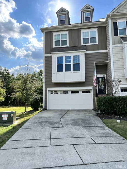 $375,000 - 3Br/4Ba -  for Sale in Edgewater, Apex