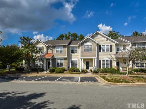 $260,000 - 3Br/3Ba -  for Sale in Hope Valley Townhomes, Durham