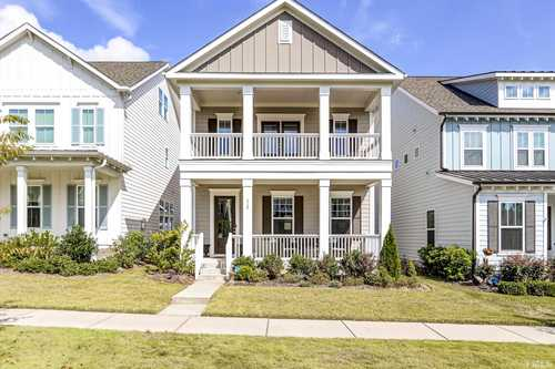 $400,000 - 3Br/3Ba -  for Sale in Holding Village South Lake, Wake Forest
