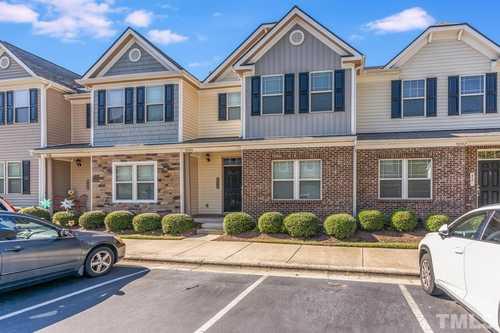 $300,000 - 3Br/3Ba -  for Sale in Keystone Crossing, Morrisville