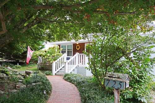 $474,900 - 2Br/2Ba -  for Sale in Hi Mount, Raleigh