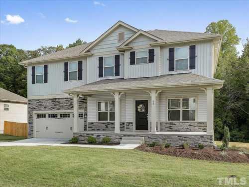 $400,000 - 5Br/4Ba -  for Sale in Summerlyn, Clayton