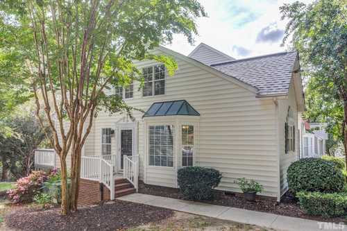 $275,000 - 2Br/3Ba -  for Sale in Haddon Hall, Apex