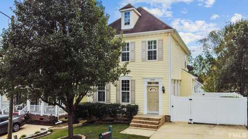 $324,900 - 3Br/3Ba -  for Sale in Hedingham, Raleigh