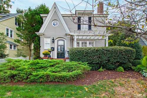 $1,100,000 - 3Br/3Ba -  for Sale in Bloomsbury, Raleigh