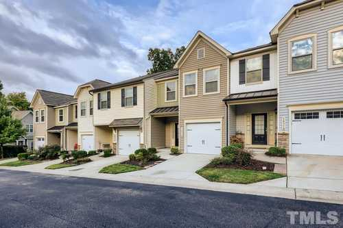 $317,900 - 3Br/3Ba -  for Sale in Kingston, Raleigh