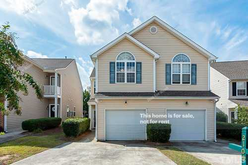 $290,000 - 3Br/3Ba -  for Sale in Hedingham, Raleigh