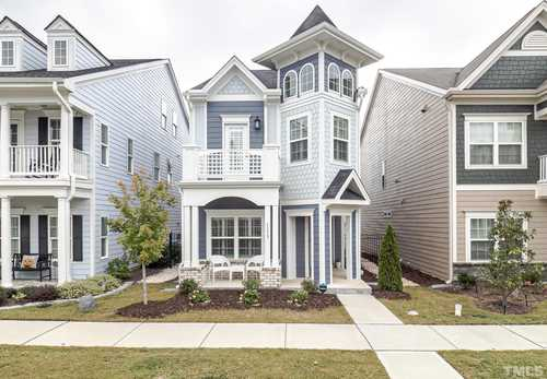 $550,000 - 3Br/4Ba -  for Sale in Sweetwater, Apex
