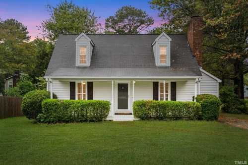 $299,000 - 4Br/2Ba -  for Sale in Clairmont, Apex
