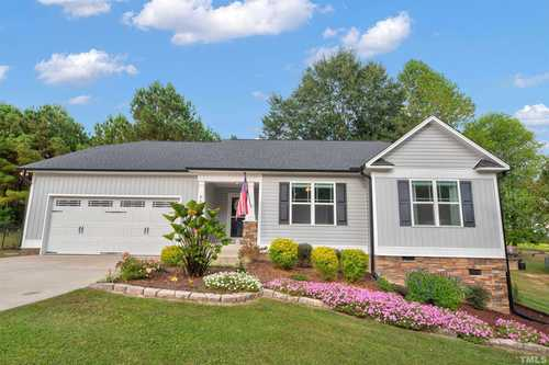 $279,900 - 3Br/2Ba -  for Sale in Cottonwood Forest, Benson