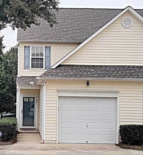 $244,000 - 2Br/3Ba -  for Sale in Hedingham, Raleigh