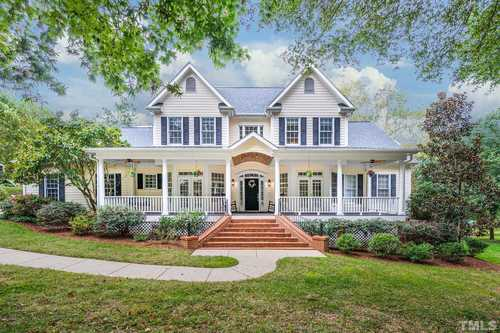 $989,000 - 5Br/5Ba -  for Sale in Lake Hogan Farms, Chapel Hill