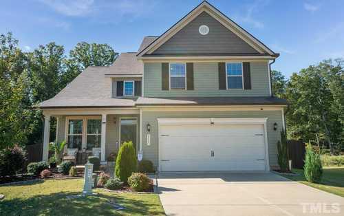 $365,000 - 4Br/3Ba -  for Sale in Cleveland Springs, Garner