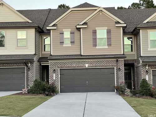$478,000 - 3Br/3Ba -  for Sale in Green Hope Crossing, Cary