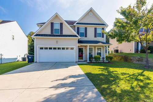 $375,000 - 4Br/3Ba -  for Sale in Emerald Pointe, Knightdale