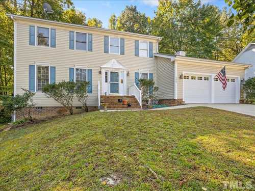 $435,000 - 4Br/3Ba -  for Sale in Kings Wood, Cary